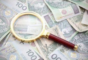 Z jakimi kosztami trzeba się liczyć zaciągając pożyczkę?