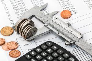 Spirala zadłużenia polega na nadmiernym zadłużaniu się.