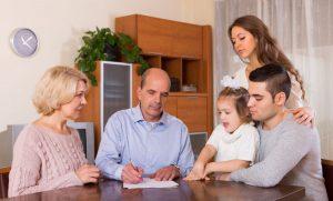 W celu dokonania darowizny należy sporządzić akt notarialny.